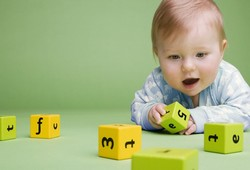 Физическое развитие ребенка от 6 до 12 месяцев