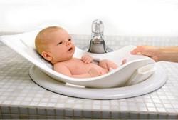 Первые дни дома: купаем новорожденного