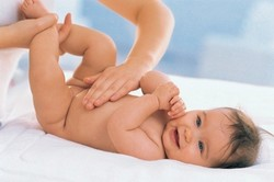 Массаж живота при пупочной гружt у ребенка до года