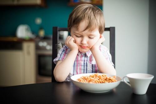 Ребенок не хочет есть овсянку