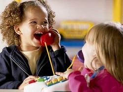 Как ребенка научить знакомиться - советы родителям