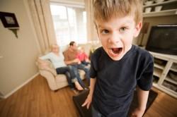 Капризный ребёнок, что делать ? Почему дети капризные?