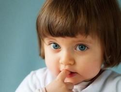 Как отучить ребенка грызть ногти на руках